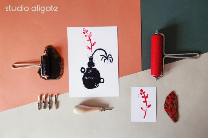 Studio Aligate, Linolplatten, Linolschnitt und Druckwerkzeug.